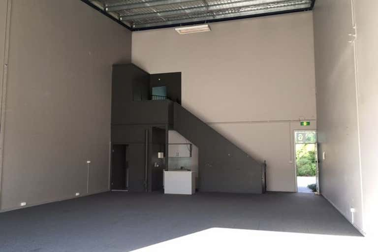 Unit 6, 17 Cemetery Road Helensburgh NSW 2508 - Image 2