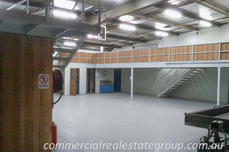 1/4 Macquarie Place Boronia VIC 3155 - Image 4