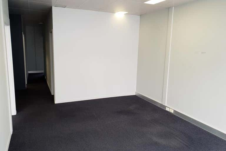 7A/24 Corporation Circuit Tweed Heads South NSW 2486 - Image 3