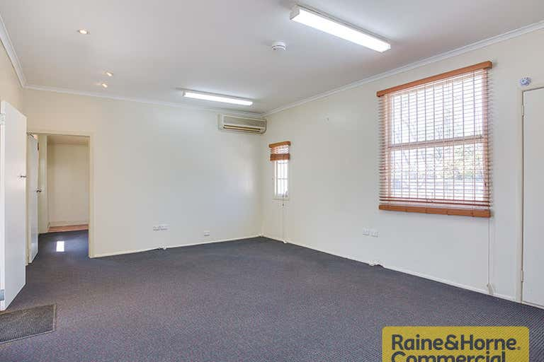 70 Rookwood Avenue Coopers Plains QLD 4108 - Image 4