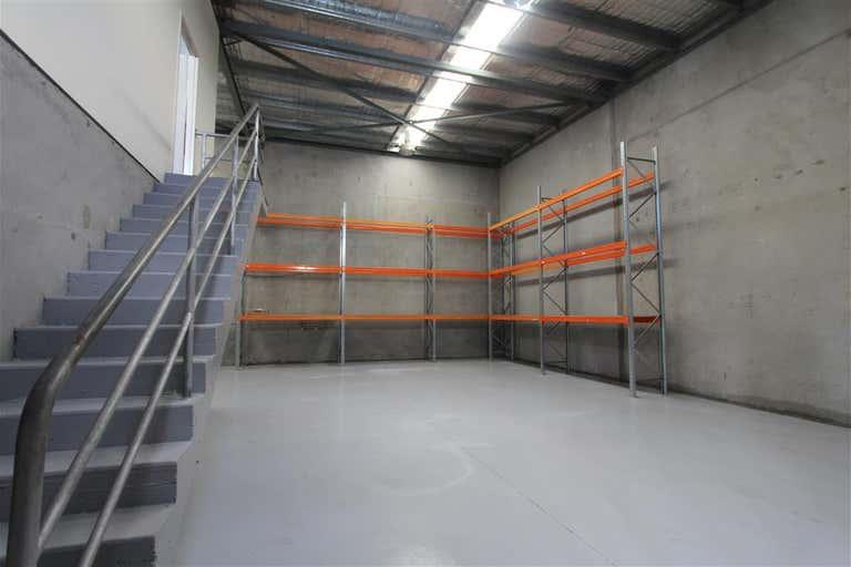 Unit 2/74-76 Oak Road Kirrawee NSW 2232 - Image 2