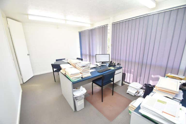 1/65 Palmer Street South Townsville QLD 4810 - Image 3