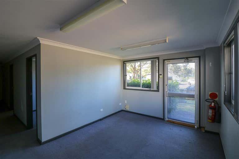 Unit 2a/19 Aruma Place Cardiff NSW 2285 - Image 4