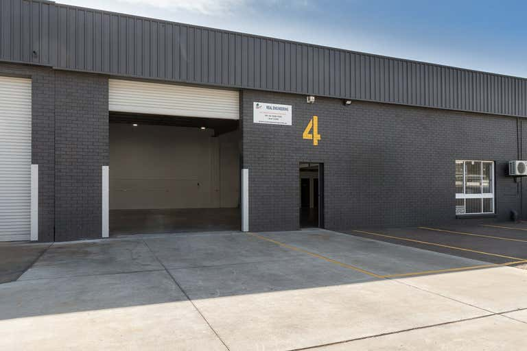 Unit 4, 290 Manns Road West Gosford NSW 2250 - Image 1