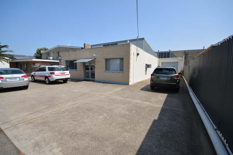 12 Ferry Avenue Melrose Park SA 5039 - Image 2