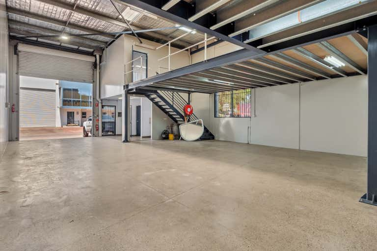 Unit 1, 12  Anderson Street Banksmeadow NSW 2019 - Image 1