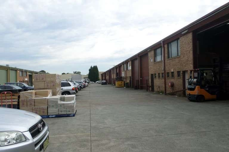 Suite 7B, 4 HOMEPRIDE AVENUE Warwick Farm NSW 2170 - Image 3