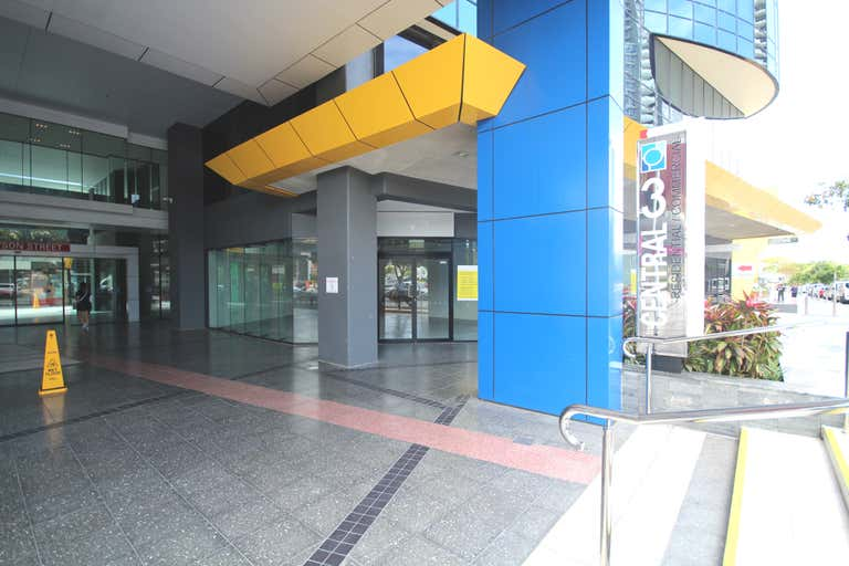 3002/27 Garden Street Southport QLD 4215 - Image 4