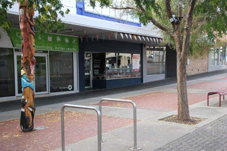 30 Roberts Avenue Horsham VIC 3400 - Image 3