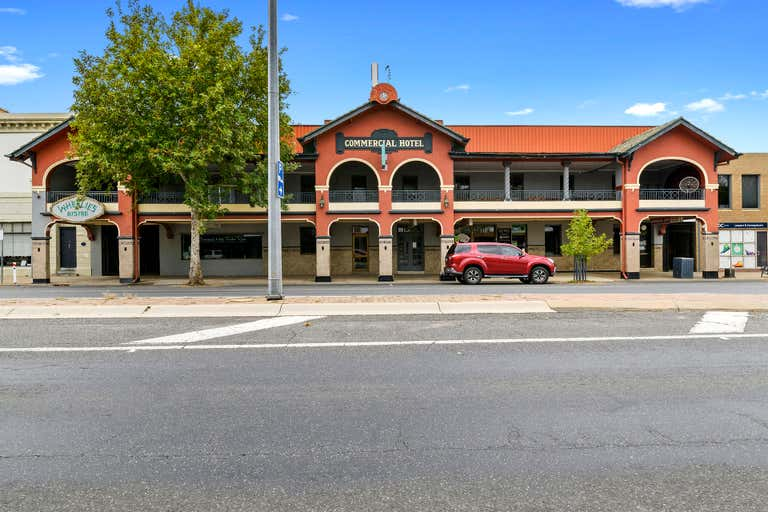 Commercial Hotel, 4 Bridge Street Benalla VIC 3672 - Image 1