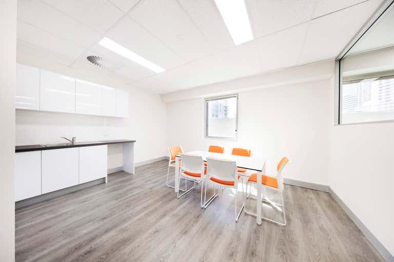 901/490 Upper Edward Street Spring Hill QLD 4000 - Image 3