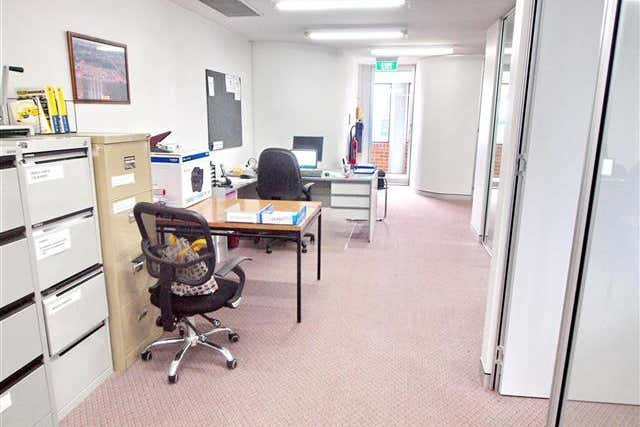 (Unit 3)/2 Smith Street Charlestown NSW 2290 - Image 4
