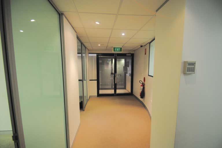 Suite 2, 27 Grosvenor Neutral Bay NSW 2089 - Image 4