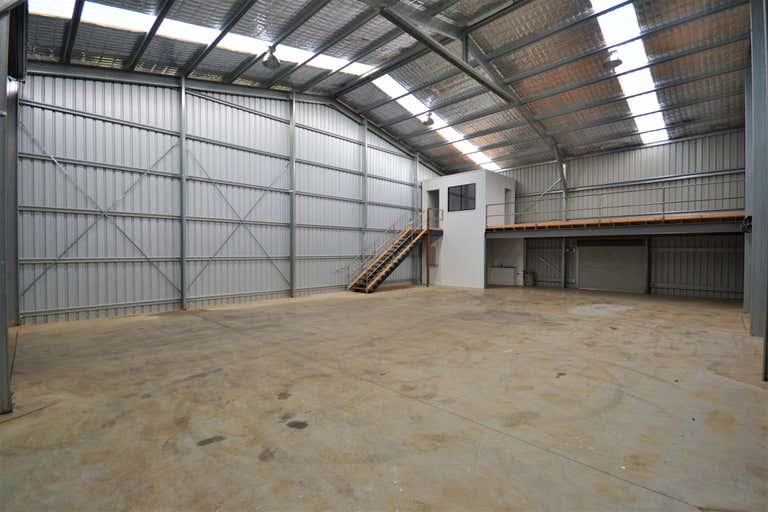 Yarra Lane Industrial Park, Shed 2, 5-7 Yarra Lane Rockville QLD 4350 - Image 2