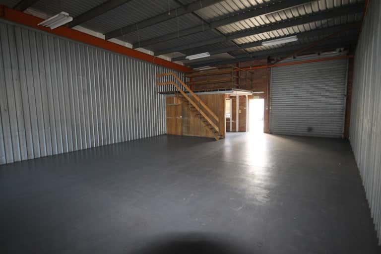3/76 Andrew Street Wynnum QLD 4178 - Image 4