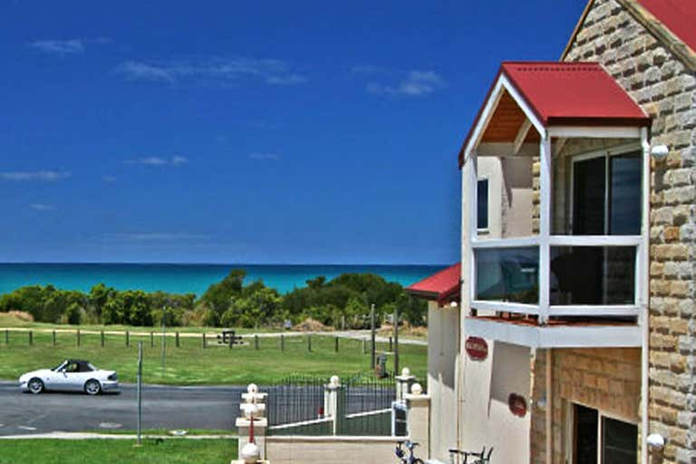 Lighthouse Keepers Inn, 175 Great Ocean Road Apollo Bay VIC 3233 - Image 2