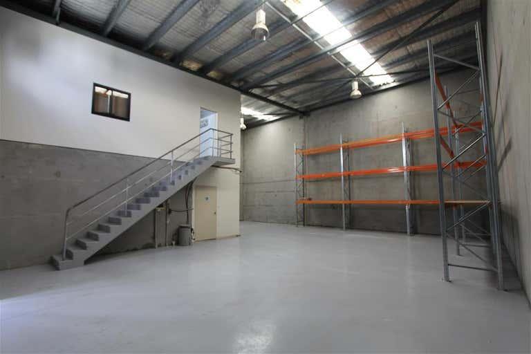 Unit 2/74-76 Oak Road Kirrawee NSW 2232 - Image 3