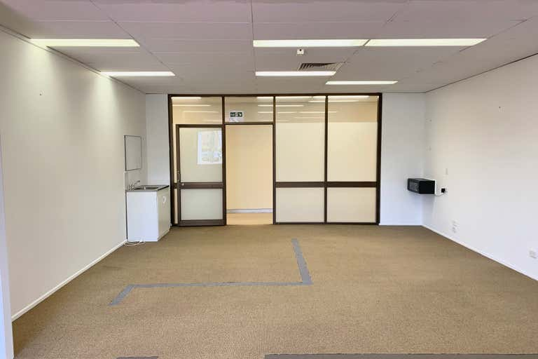 Suite 2/126 Scarborough Street Southport QLD 4215 - Image 1