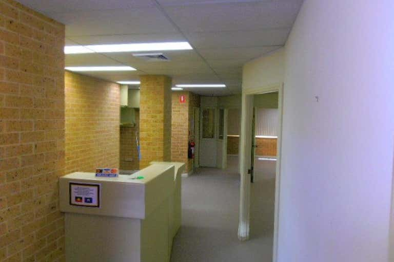 Suite 2, 213 Albany Street Gosford NSW 2250 - Image 3