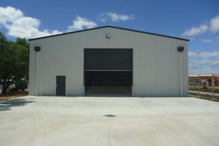 92 South Terrace Wingfield SA 5013 - Image 4