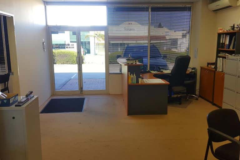 4/30 Enterprise Crescent Malaga WA 6090 - Image 3