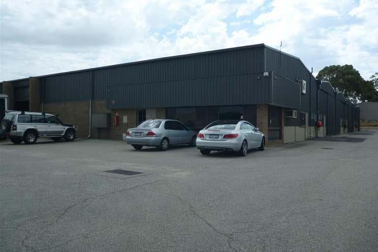 1/4 Elmsfield Road Midvale WA 6056 - Image 4