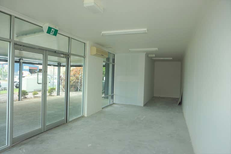 17/16 Transport Avenue Paget QLD 4740 - Image 2