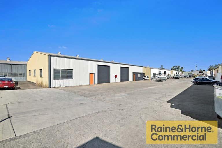 6a/37-41 Spine Street Sumner QLD 4074 - Image 2