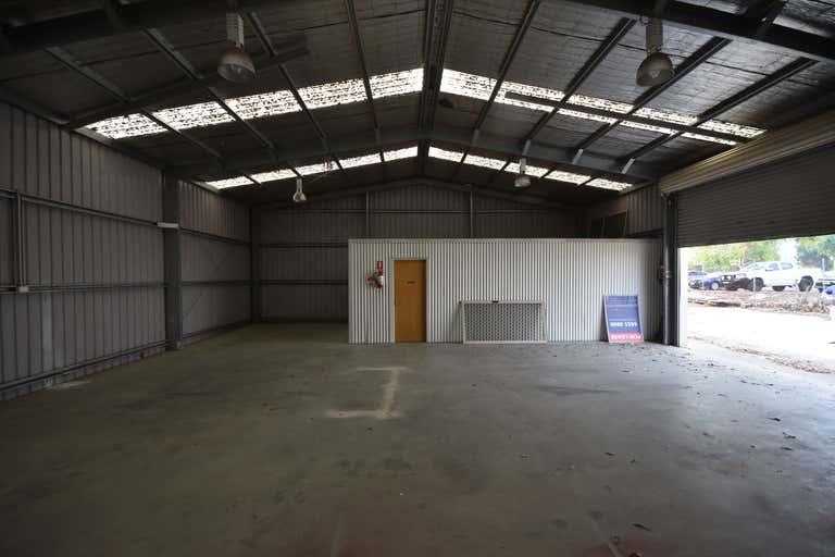 2/958 Carcoola Street North Albury NSW 2640 - Image 3