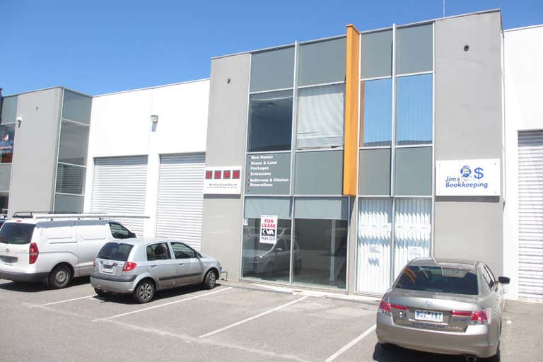 19/22 - 30 Wallace Ave Point Cook VIC 3030 - Image 1
