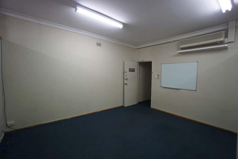 4/10 West Parade West Ryde NSW 2114 - Image 2