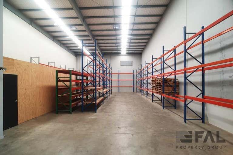 Unit  2, 16 Sherwood Road Rocklea QLD 4106 - Image 2
