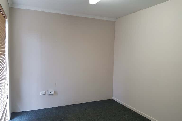 First Floor, 325 Sheridan Street Cairns North QLD 4870 - Image 3