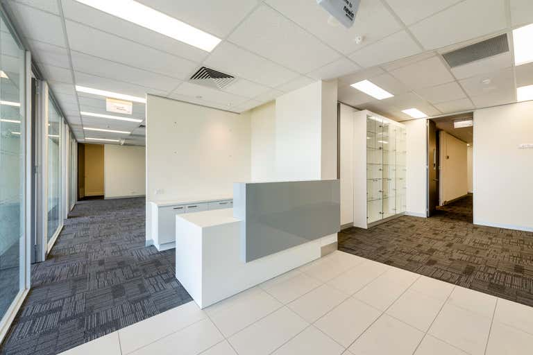 7/100 Albert Road South Melbourne VIC 3205 - Image 2