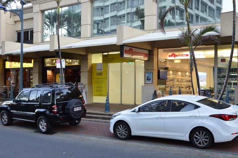5/2 Elkhorn Avenue Surfers Paradise QLD 4217 - Image 3