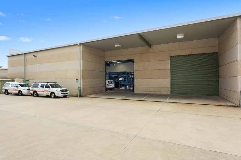 8/5-7 Meridian Place Bella Vista NSW 2153 - Image 2