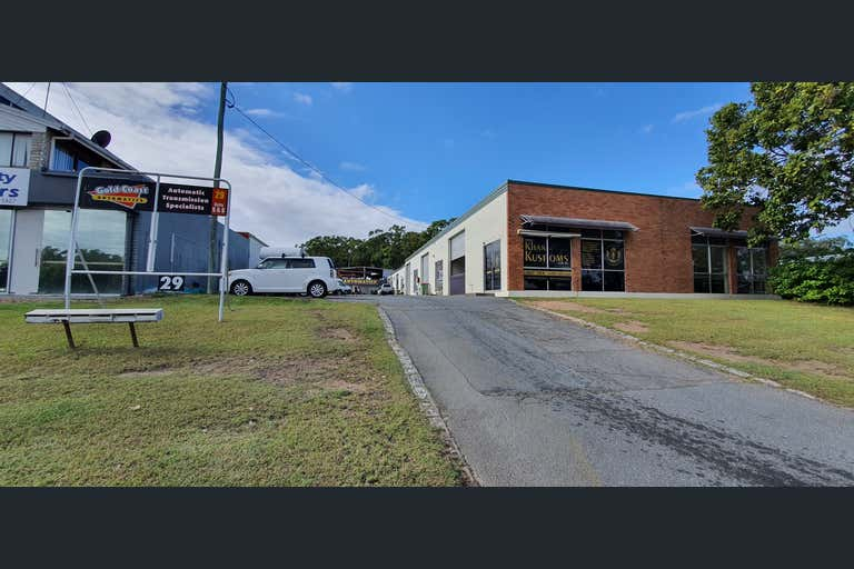 4/29 Bailey Crescent Southport QLD 4215 - Image 2
