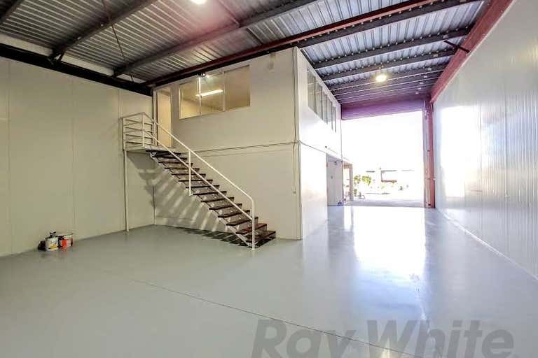 2a/62 Secam Street Mansfield QLD 4122 - Image 2