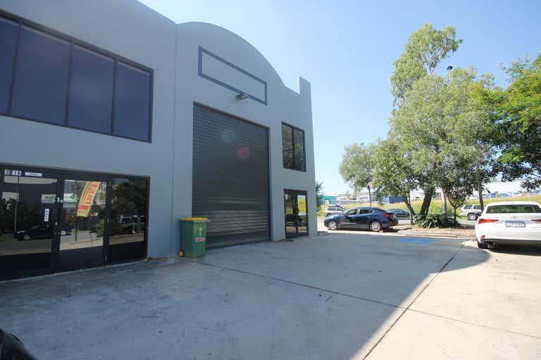 4/16 Hook Street Capalaba QLD 4157 - Image 1