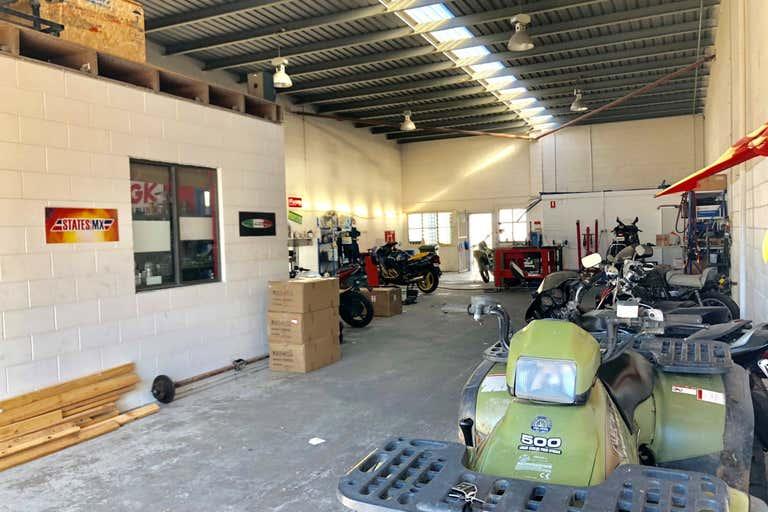 2/18 Tradelink Road Hillcrest QLD 4118 - Image 2