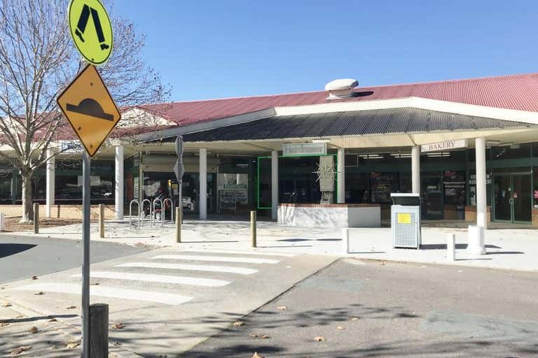 Ngunnawal Shopping Centre, Shop  4, 5 Jabanungga Avenue Ngunnawal ACT 2913 - Image 1