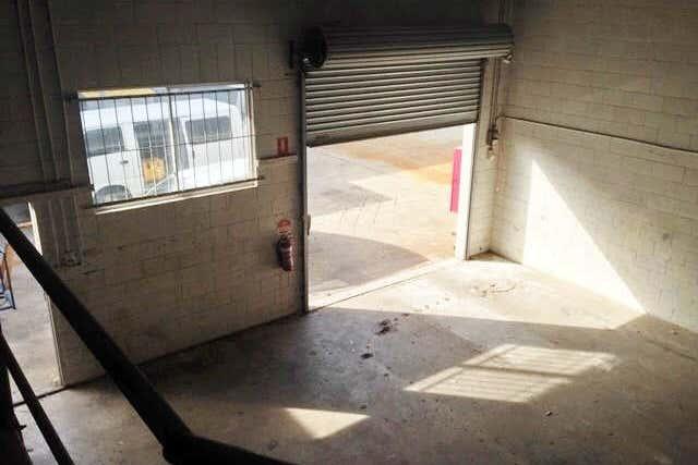 3/21  Allen Street Moffat Beach QLD 4551 - Image 4