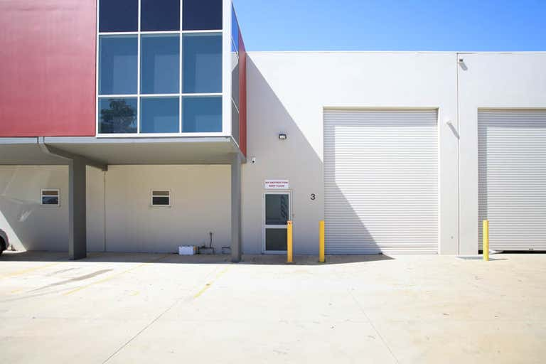 3/4 Money Close Rouse Hill NSW 2155 - Image 1