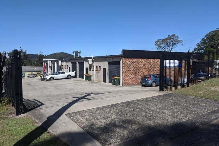 Unit 4, 6 Carnarvon Road West Gosford NSW 2250 - Image 2