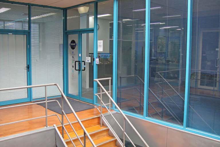 Suite 4, 104 Johnston Street Fitzroy VIC 3065 - Image 2