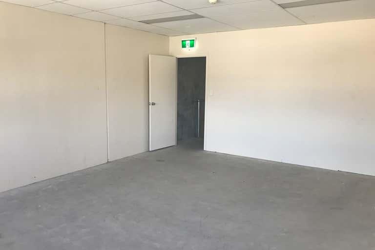 06/5-7 Hepher Road Campbelltown NSW 2560 - Image 3