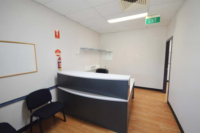 Suite 7/241 Excelsior Parade Toronto NSW 2283 - Image 2
