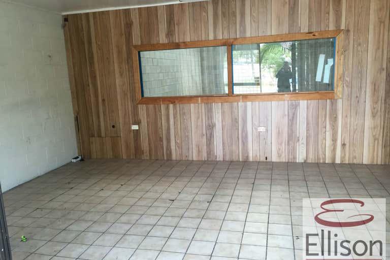 2/18 Tolmer Place Springwood QLD 4127 - Image 2