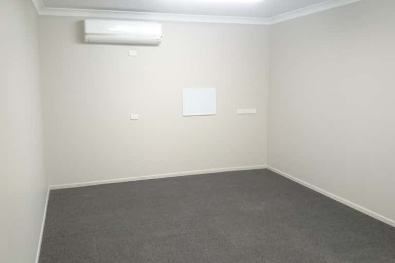 Suite 4 / 610 Ruthven Street Toowoomba City QLD 4350 - Image 3