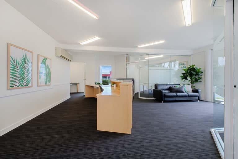 1/3 Woomba Place Mooloolaba QLD 4557 - Image 4